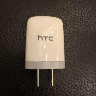 9.5成新含運/htc原廠充電頭