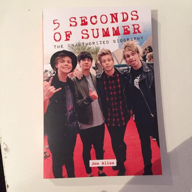 5 Seconds Of Summer - The Unauthorised Biography