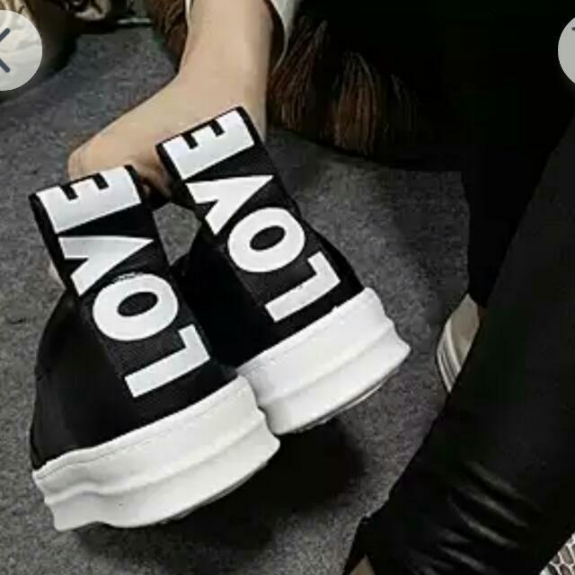 低調字母厚底潮鞋