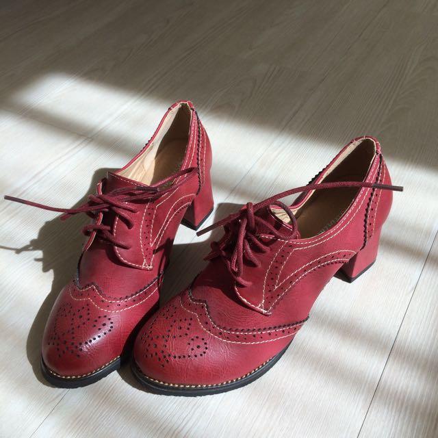 全新 雕花粗跟踝靴 低筒靴 36號