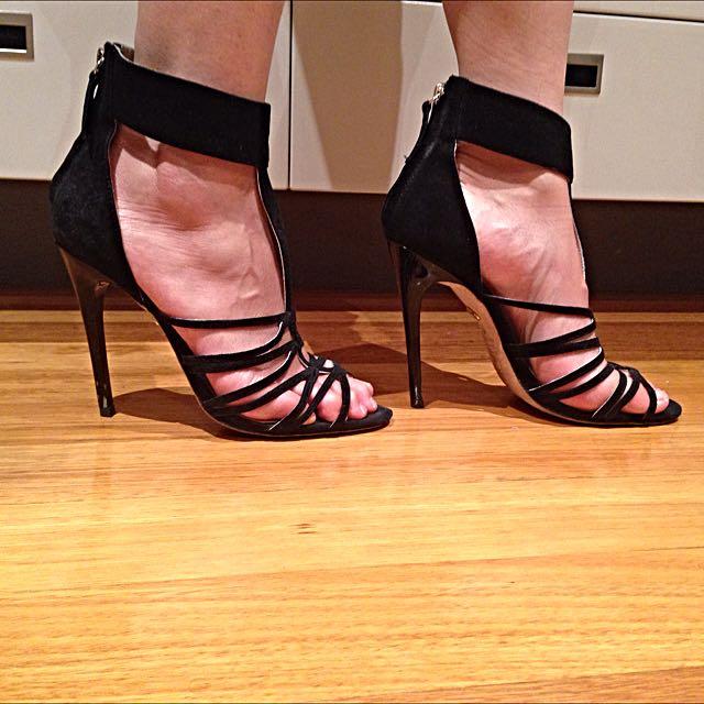 Black Heels Jennifer Hawkins