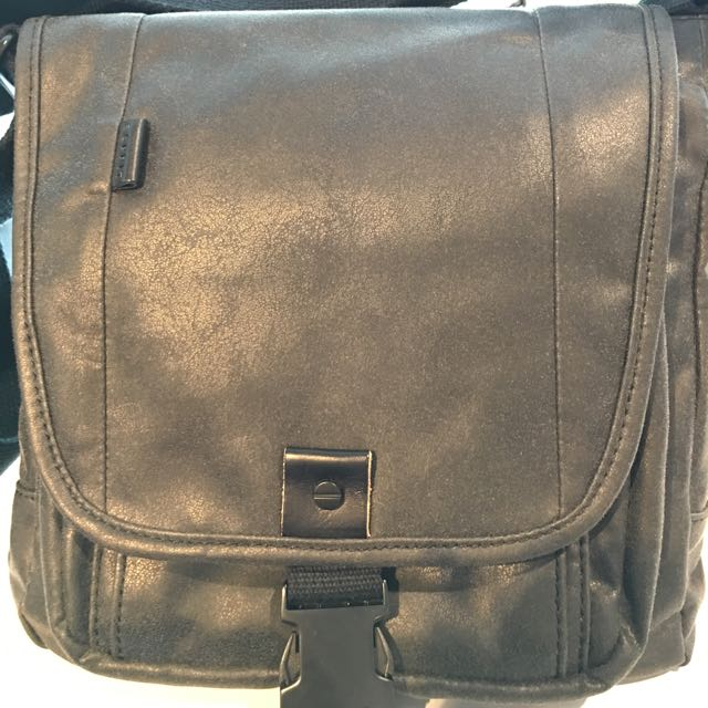 22cdab4da2 Brand New Men Leather Small Sling Bag Gift Esprit U.P.  100