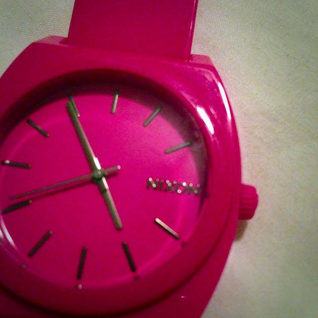 NIXON Watch Pink