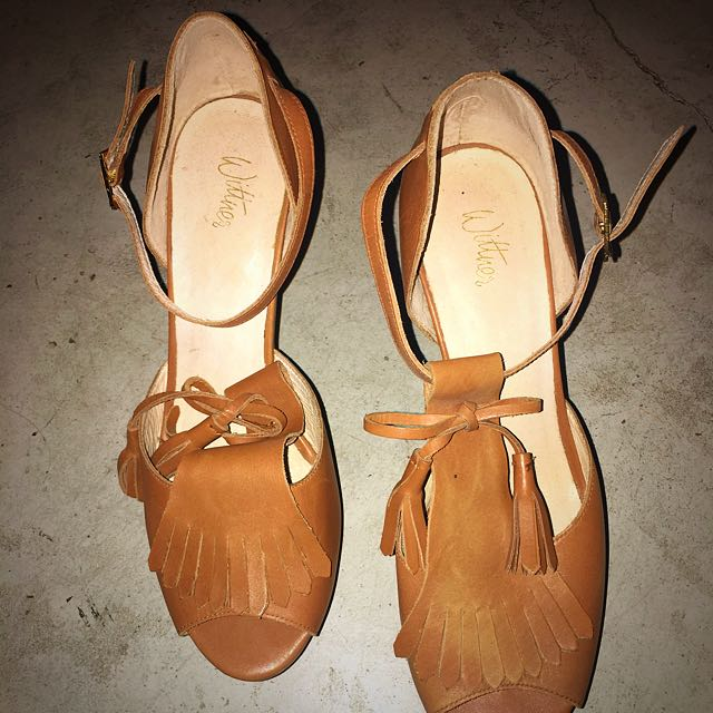Wittner Camel Leather Fringed Heels