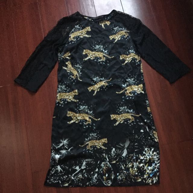 Zara 絲綢蕾絲花豹紋洋裝