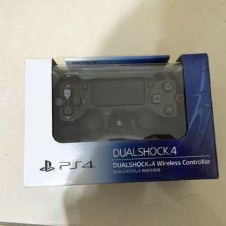 PS4全新未拆封手把
