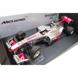 McLaren Mercedes 1/18 Jenson Button 2011 launch car F1 Minichamps 530-111874