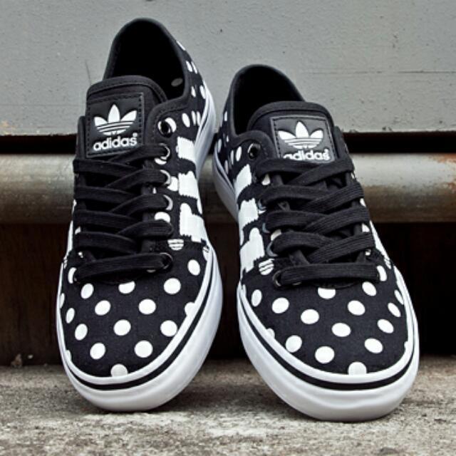 83ed324807c5 2015 Aug adidas Originals Adria Low Women s Athletic Sneakers Shoes ...