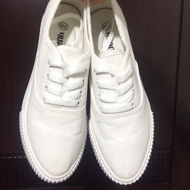 小白鞋⚪️