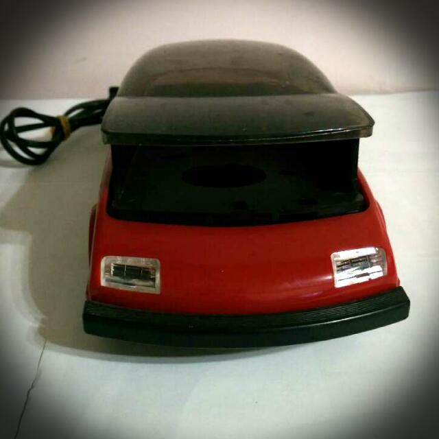 紅色跑車 錄影帶倒帶車