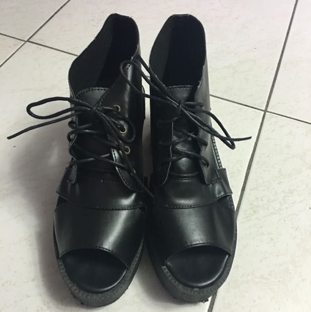韓版 全黑厚底露趾靴 厚底露趾涼鞋 24.5-25號適穿