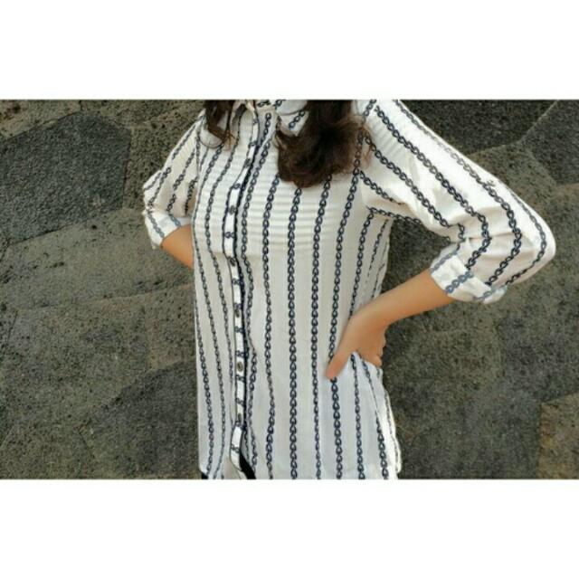 Blouse Stripes White