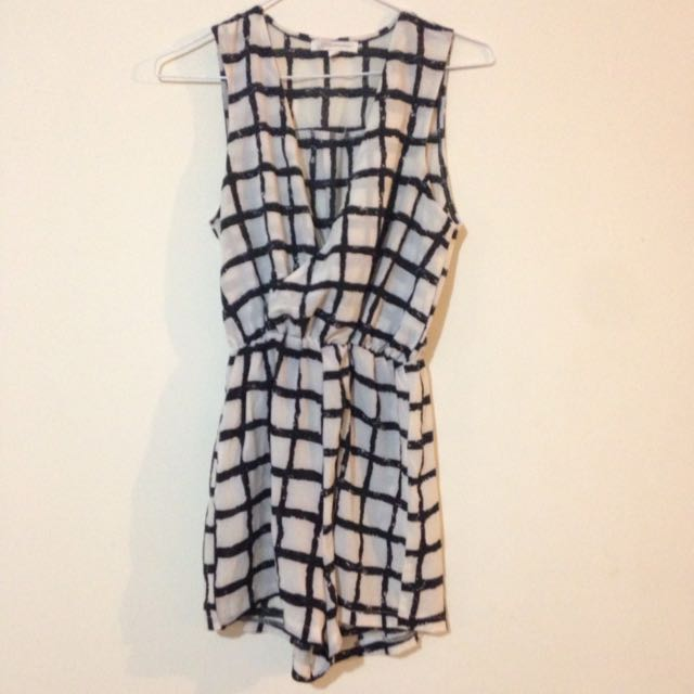Checked Jumpsuit/romper Size S.