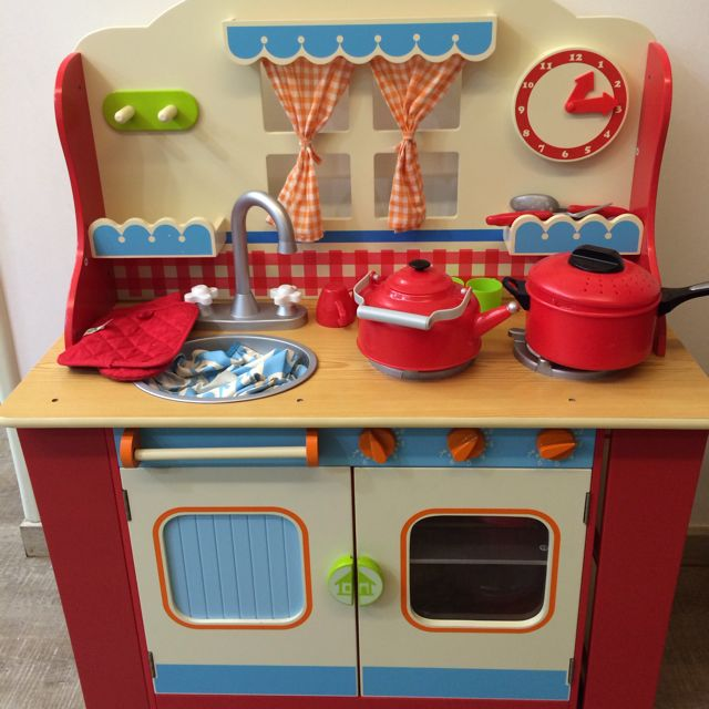 Elc wooden kitchen full set babies kids on carousell for Kitchen set for babies