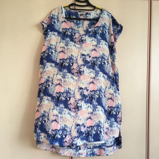 Galaxy Dress (Plus Size), Women\'s Fashion on Carousell