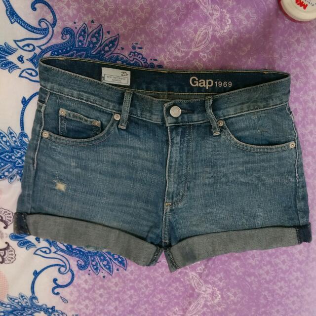 Gap 牛仔短褲