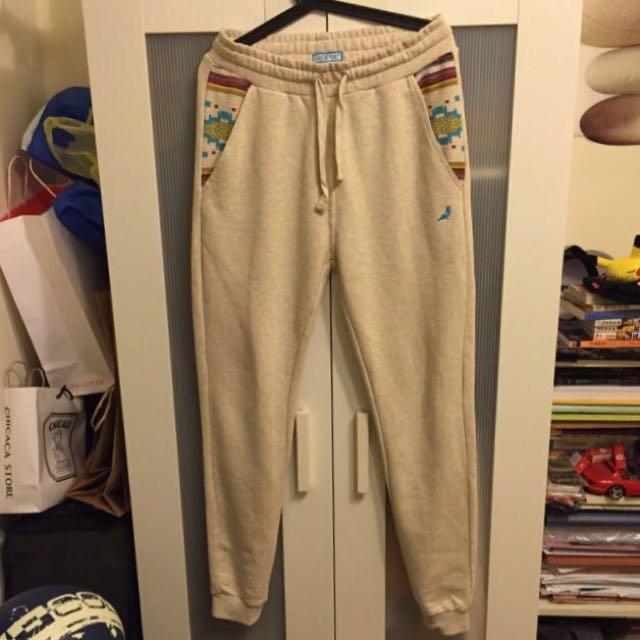 降價Staple米白色淺藍鴿縮口棉褲 S號