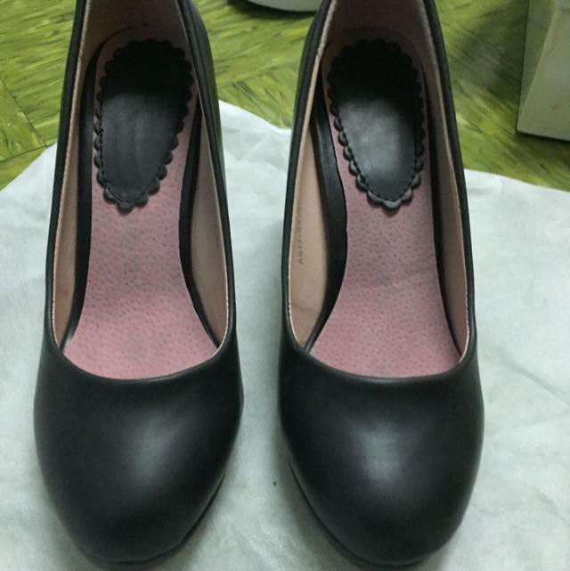 黑色圓頭5cm高跟鞋