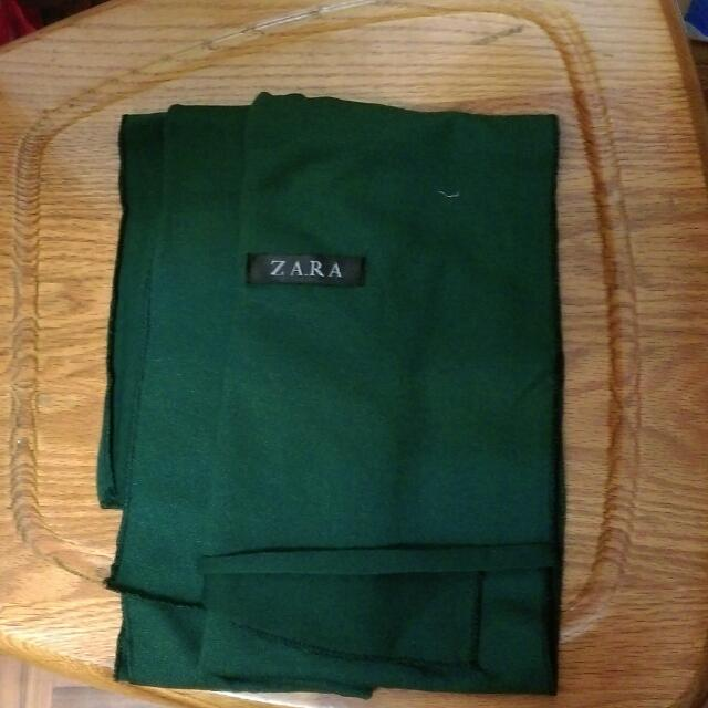 墨綠色圍巾