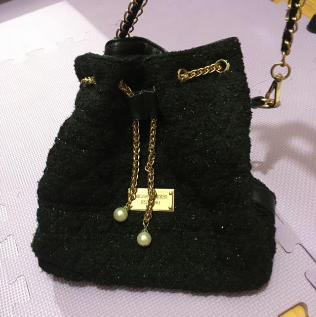 縮口黑金鐵鍊包