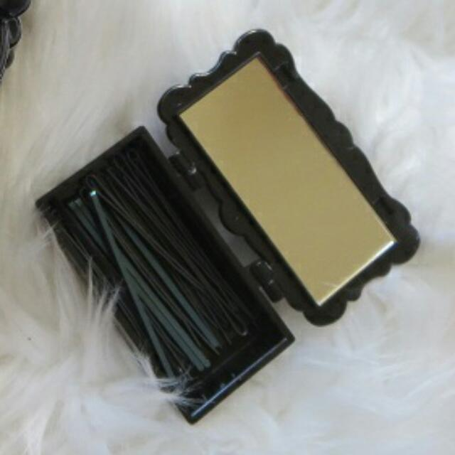 Anna Sui Compact Box With Mirror!