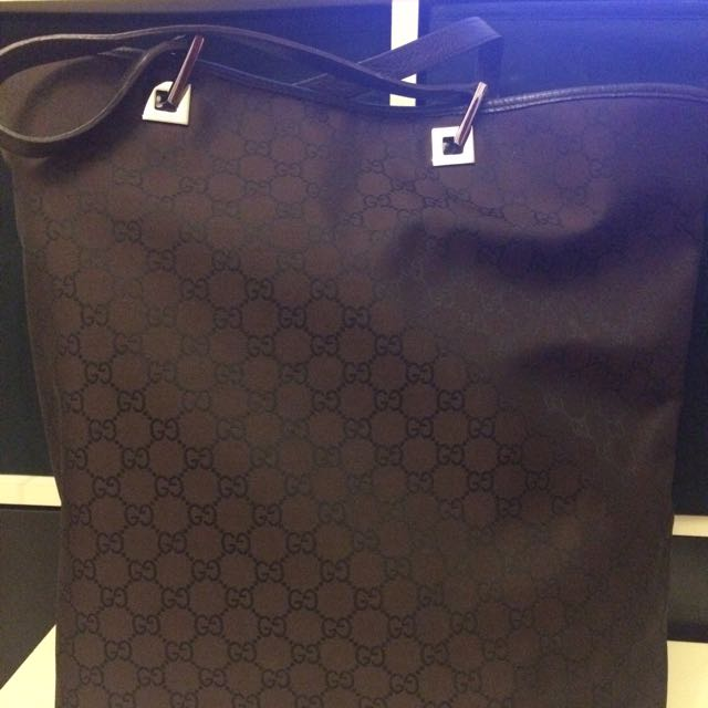 Gucci Genuine Bag $800