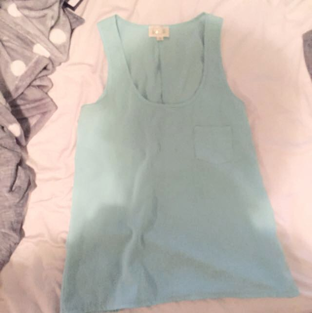 Size 8 top