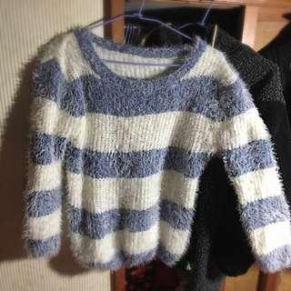 軟綿綿 海馬毛條紋毛衣