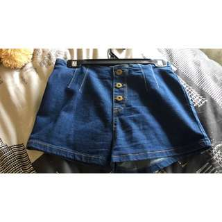 Fav Shorts Tempt Denim Size Small