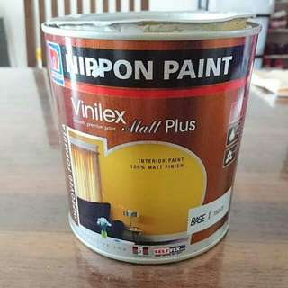 Paint 1 litter.  Orchid white. Please see the color Chart of Nippon Paint