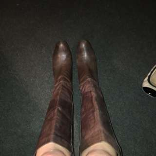 Size 8.5 Tony Bianco Knee High Boots