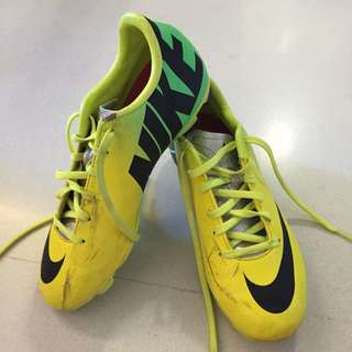 Preloved Nike Soccer Boots Mercurial Yellow Green