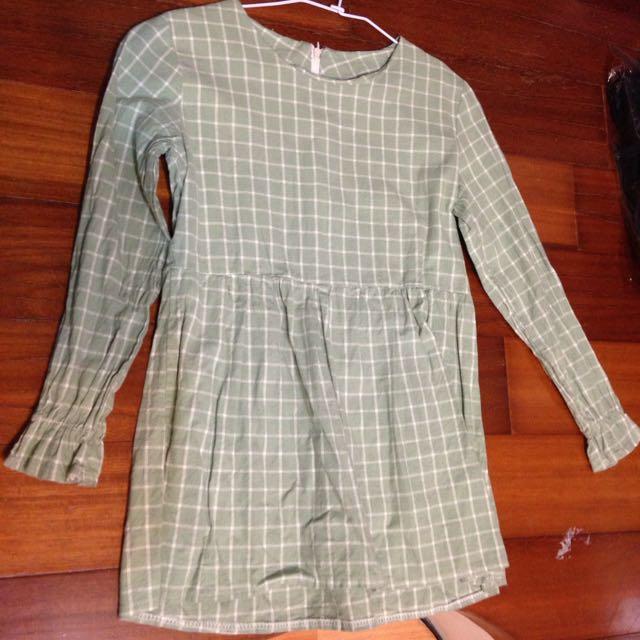 綠格子洋裝