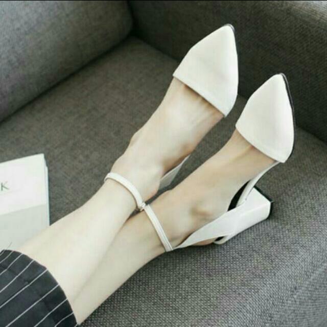 含運✨尖頭繞踝粗跟鞋