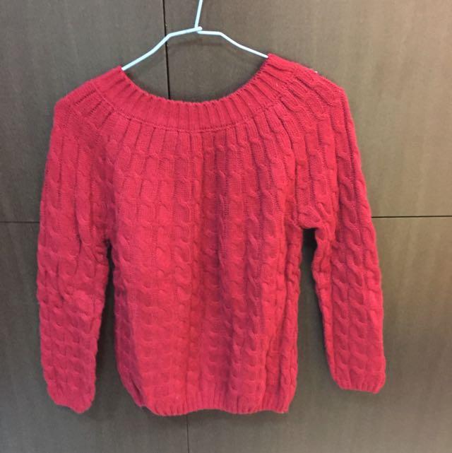 紅色圓領針織毛衣
