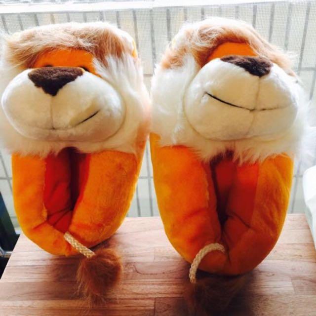 義賣-幫助流浪動物- 🦁️ 小獅子毛茸茸室內拖鞋-23號~23.5可穿