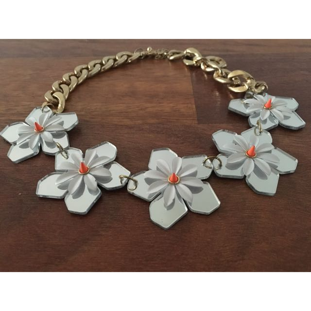 Chunky Floral Necklace
