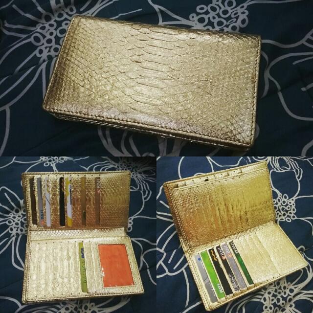 dompet kartu ular warna emas