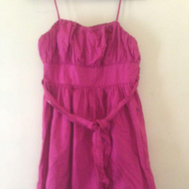 Dress Warna Pink Keungu2an..good Condition..all Size