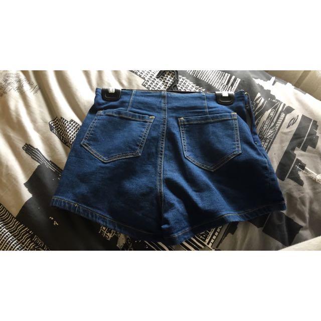 Fav Shorts Tempt Denim Size Small