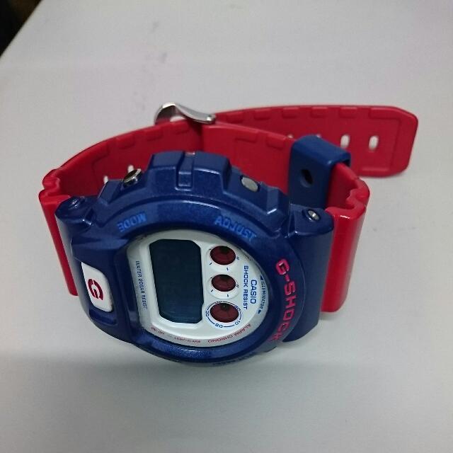 G-Shock 紅藍白