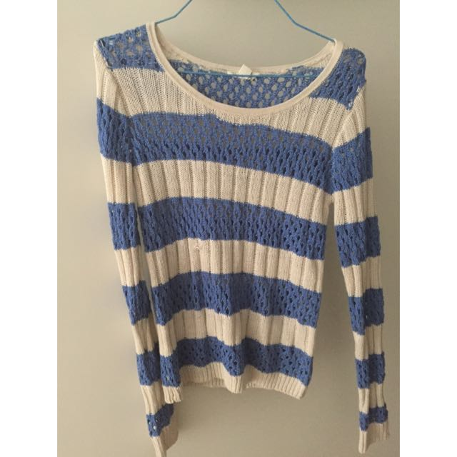 Jay Jays Blue And White Knit