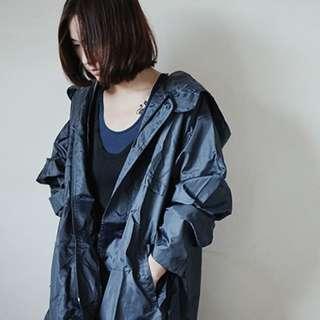 韓國時尚透氣超防雨輕便風衣雨衣 M號 男女皆可穿特價990