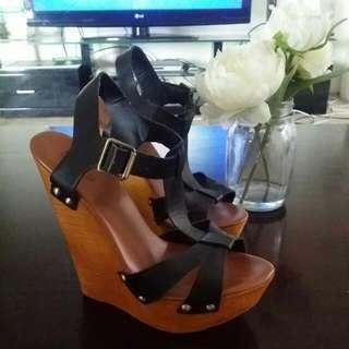 Betts Wegded Sandal
