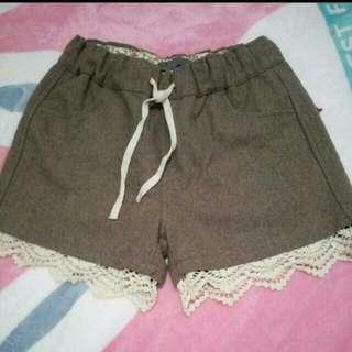 Zara短褲