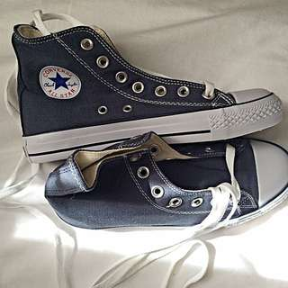 CONVERSE SHOES BRAND NEW