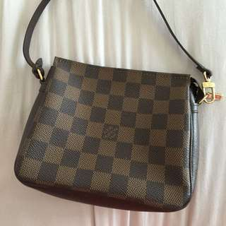 Lv Pouch (reserved)