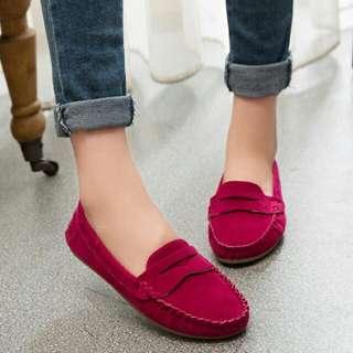 素面豆豆鞋
