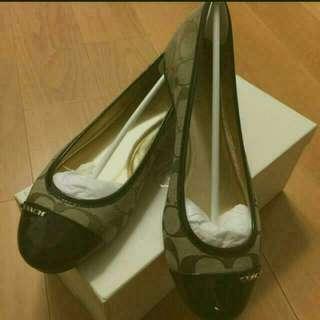 『保留中』全新COACH娃娃鞋24.5(US7.5),1200元