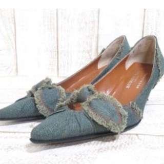 Burberry Blue Label 氣質高跟鞋